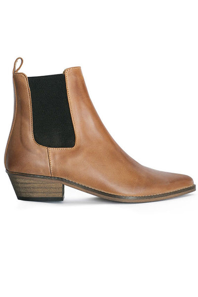 Tan Escuvado Stella Boot