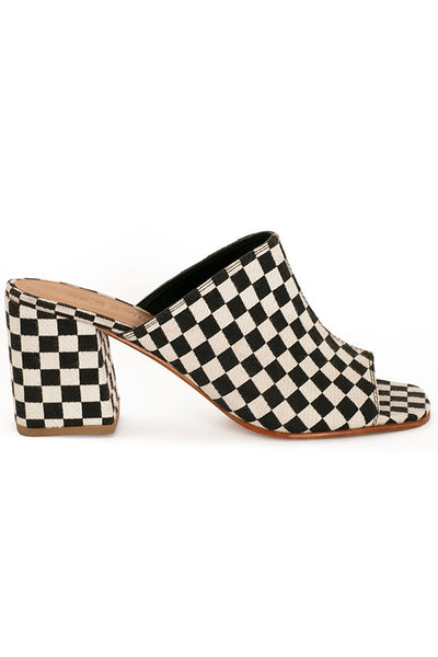 no-6-checkerboard-dora-mule