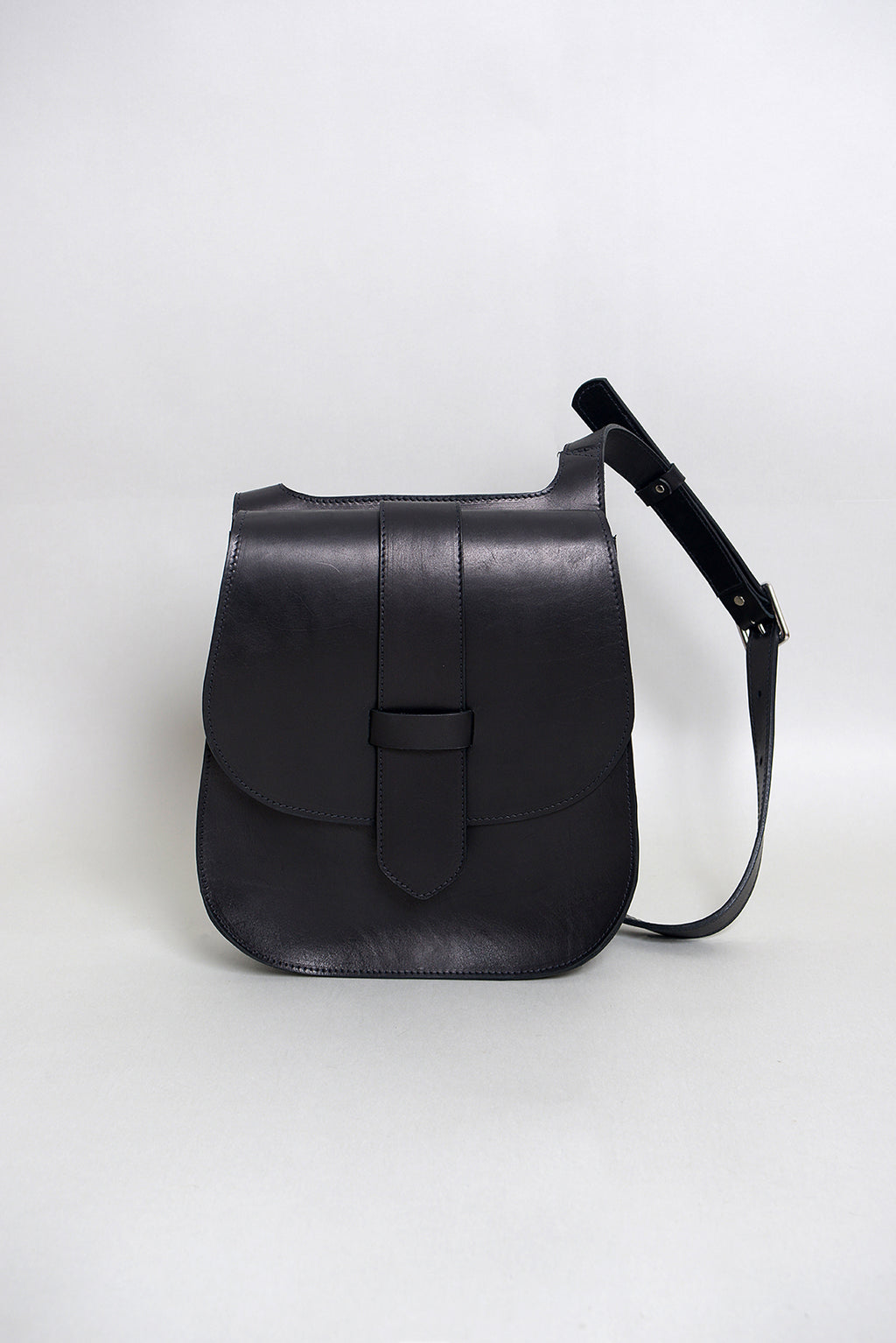 Handcrafted Black Leather 70's Style Saddle Bag