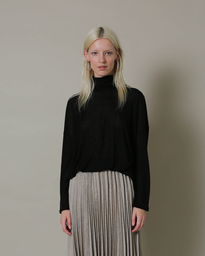 Casha Essential Turtleneck