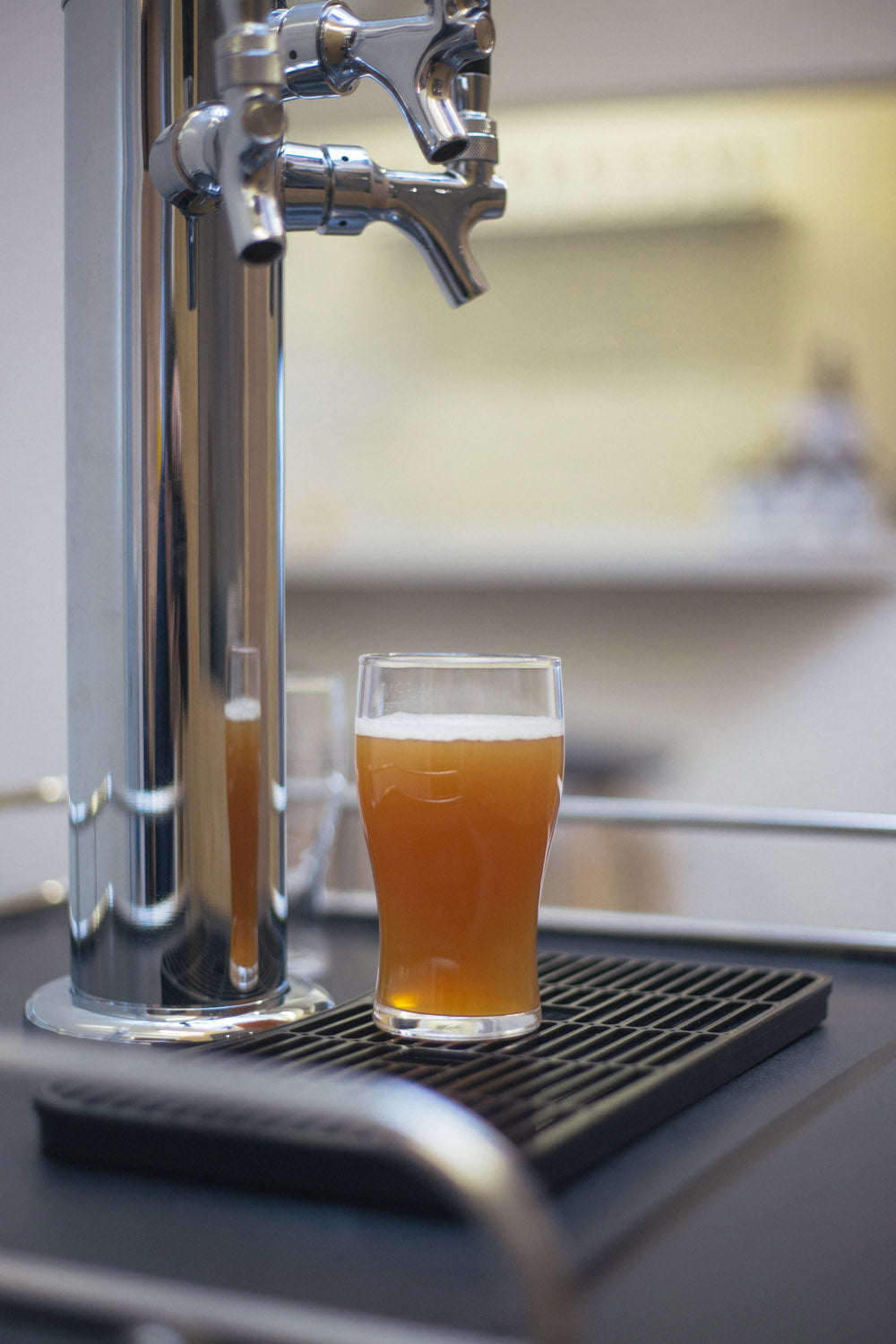 Clever Kombucha Ginger On Tap (per 100ml)