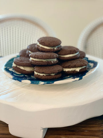 homemade oreo dupe cookie sandwiches
