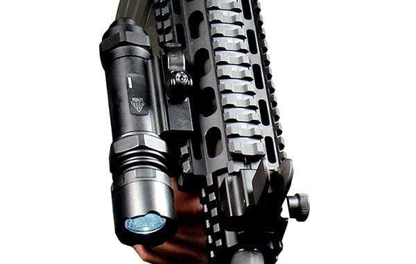 UTG Combat LED Light, 400 Lumen, Handheld or QD Mount - Eminent Paintball And Airsoft