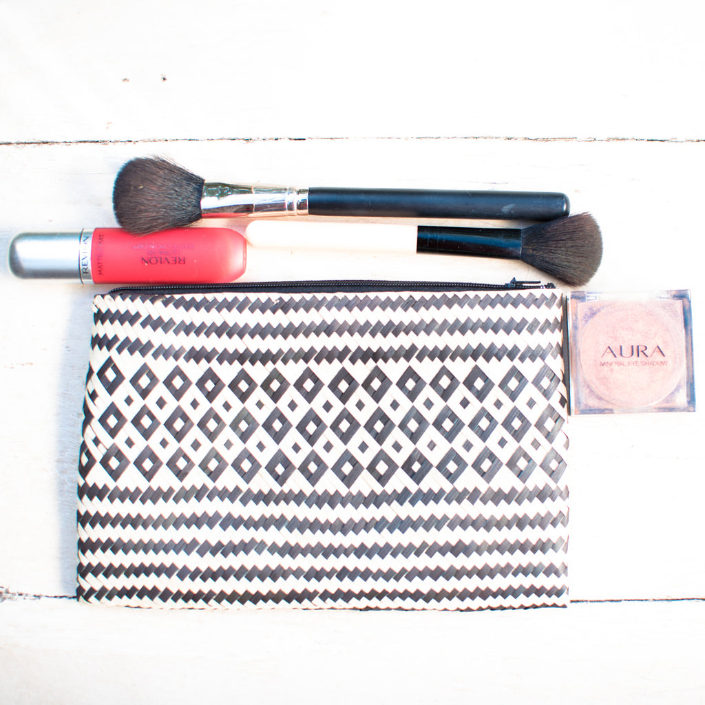 Banana Weaved Bundu Make Up Bag