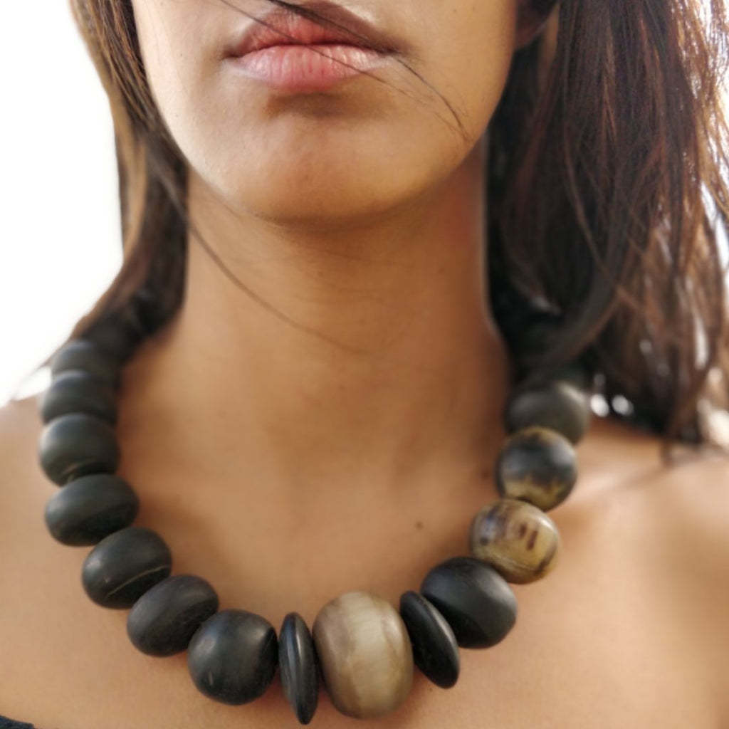 Horn bulky Necklace