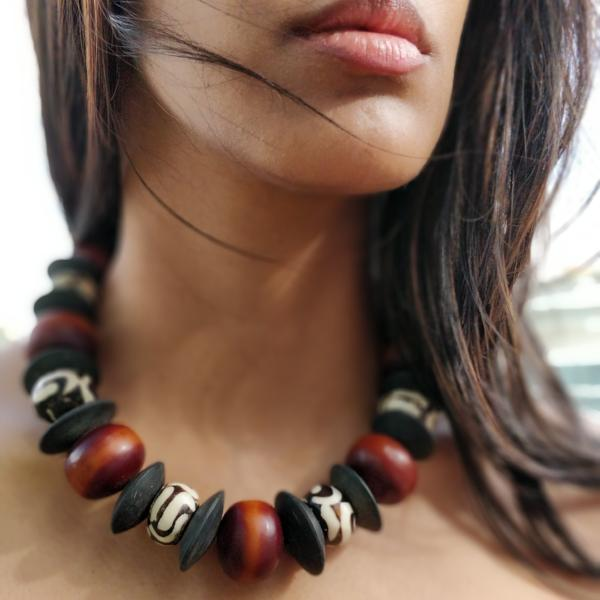 Horn & Amber Bulky Necklace