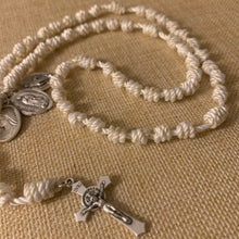 Load image into Gallery viewer, Marian Rope Rosary
