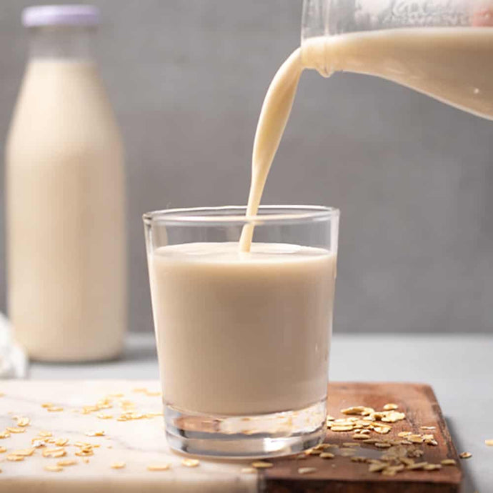 5 Minute Homemade Oat Milk