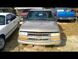 Passenger Headlight Chevrolet Fits 98-05 BLAZER S10/JIMMY S15 391008