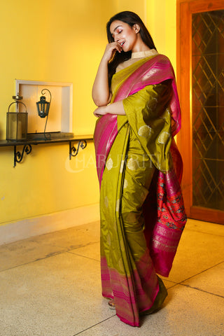 OLIVE MANIPURI KATKI GARDWAL SAREE WITH PINK ZARI BORDER AND PALLU