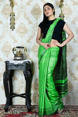 PARAKEET GREEN  GHEECHA WITH BLACK  BORDER AND PALLU