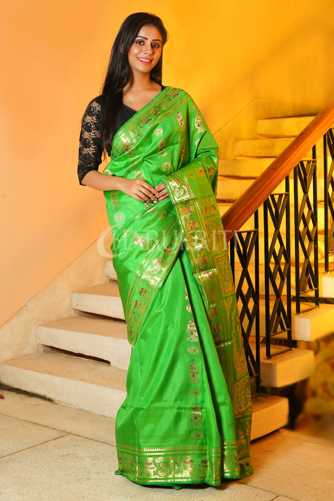 KELLY GREEN KATAN SILK SWARNACHARI WITH MINAKARI WOVEN PALLU