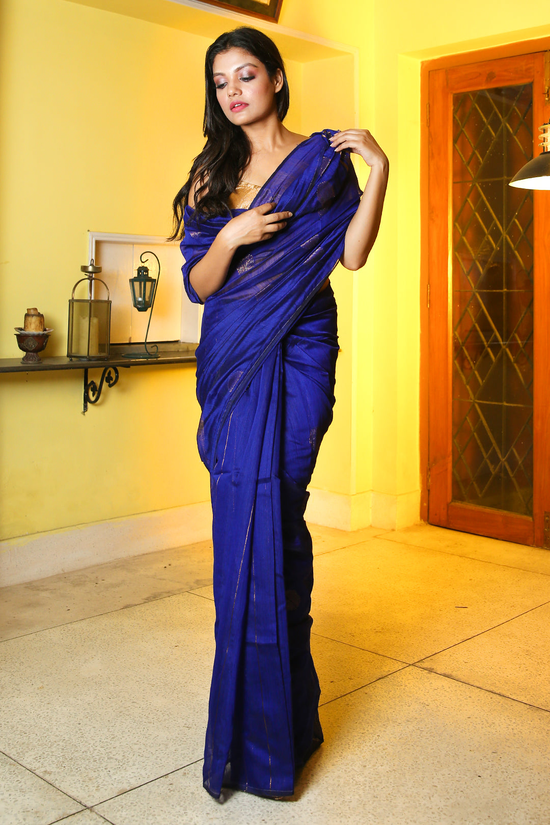 NAVY BLUE BLENDED COTTON SAREE WITH ALL OVER ZARI POLKA DOT WEAVING AND PALLU