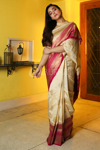 OFF-WHITE MANIPURI KATKI GARDWAL SAREE WITH PINK ZARI BORDER AND PALLU