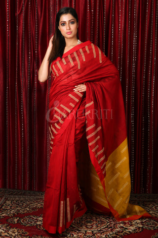 Red & Mustered Handloom Saree With Gheecha Weaving
