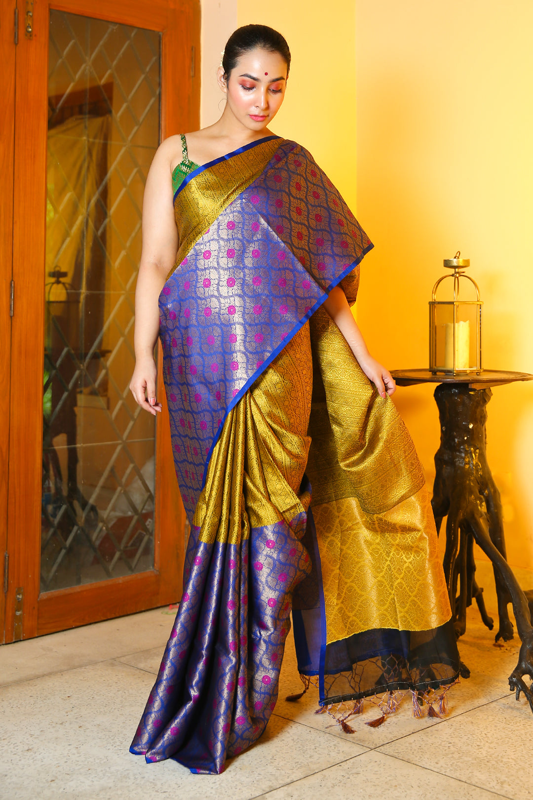 MEDALLION YELLOW AND VIOLET BROCADE ZARI WEAVED CHANDERI SILK WITH ZARI PALLU