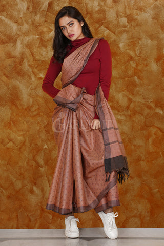 PALE BROWN KORA SILK SAREE WITH WOVEN DESIGN