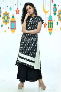 Ikkat Texture cotton kurti with side panel