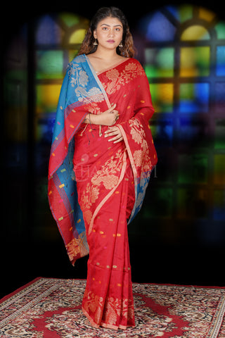 RED SAREE WITH PEACOCK MOTIF WEAVED BORDER & TURQUOISE BLUE PALLU