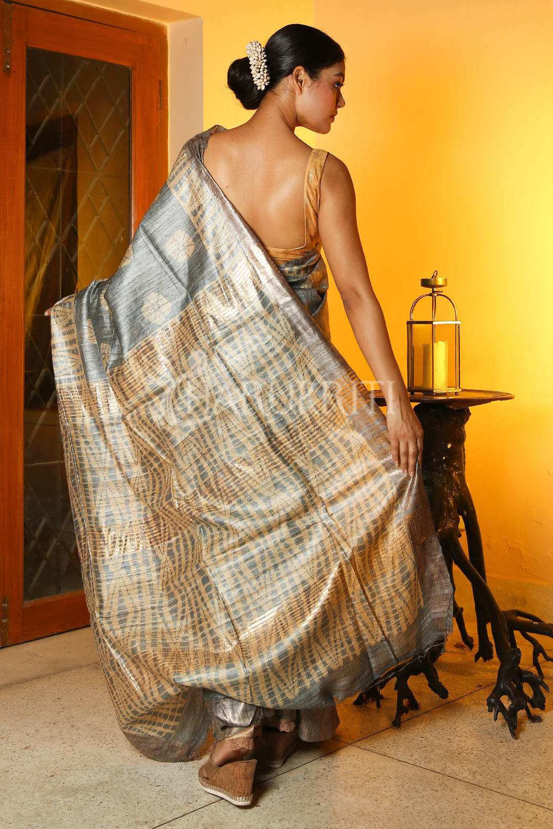 STEEL GREY AND BEIGE GHEECHA SAREE WITH SHIBORI PRINT