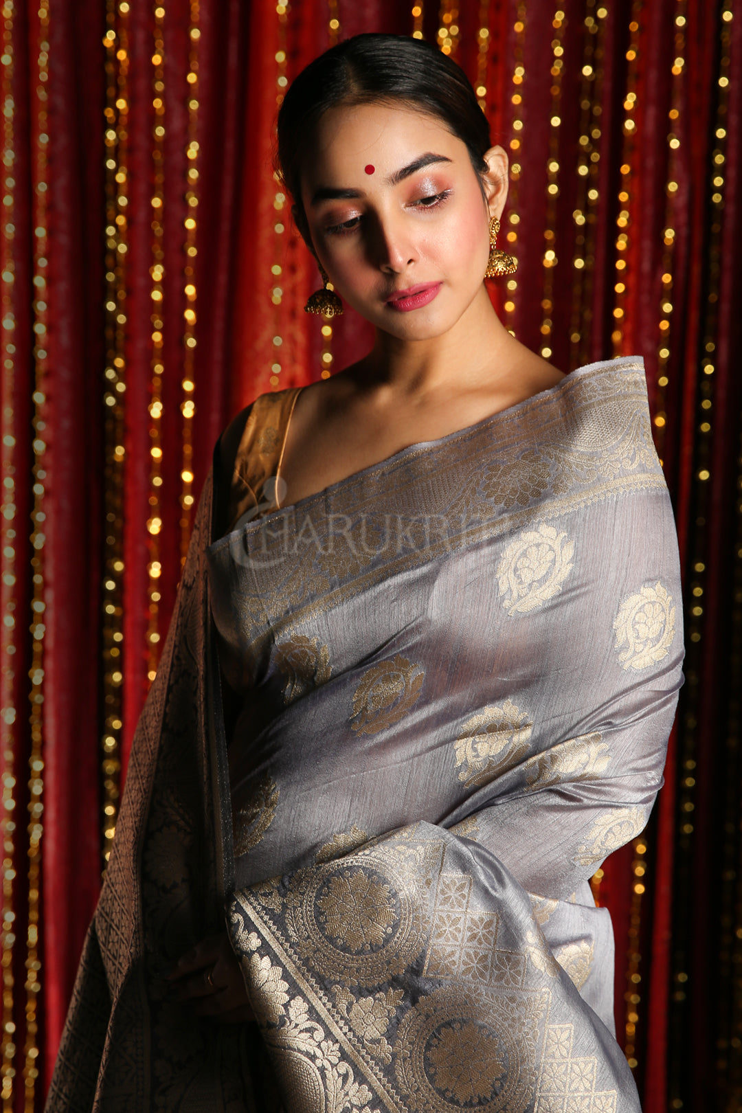STEEL BLENDED TUSSAR SAREE WITH ALLOVER ZARI AND DARK GREY PALLU