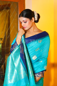 SKY BLUE CHANDERI SILK SAREE WITH TEMPLE BORDER AND ZARI PALLU