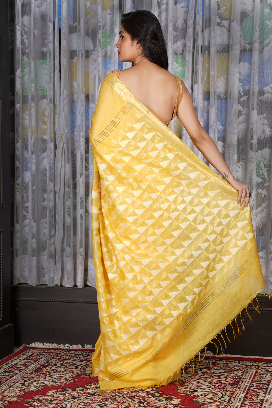 YELLOW BLENDED COTTON SAREE WITH GEOMETRIC PALLU