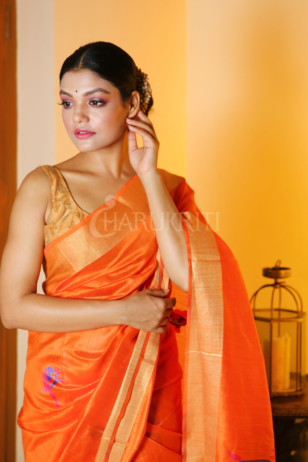 ORANGE CHANDERI SILK SAREE WITH BIRD MOTIF WEAVED PALLU