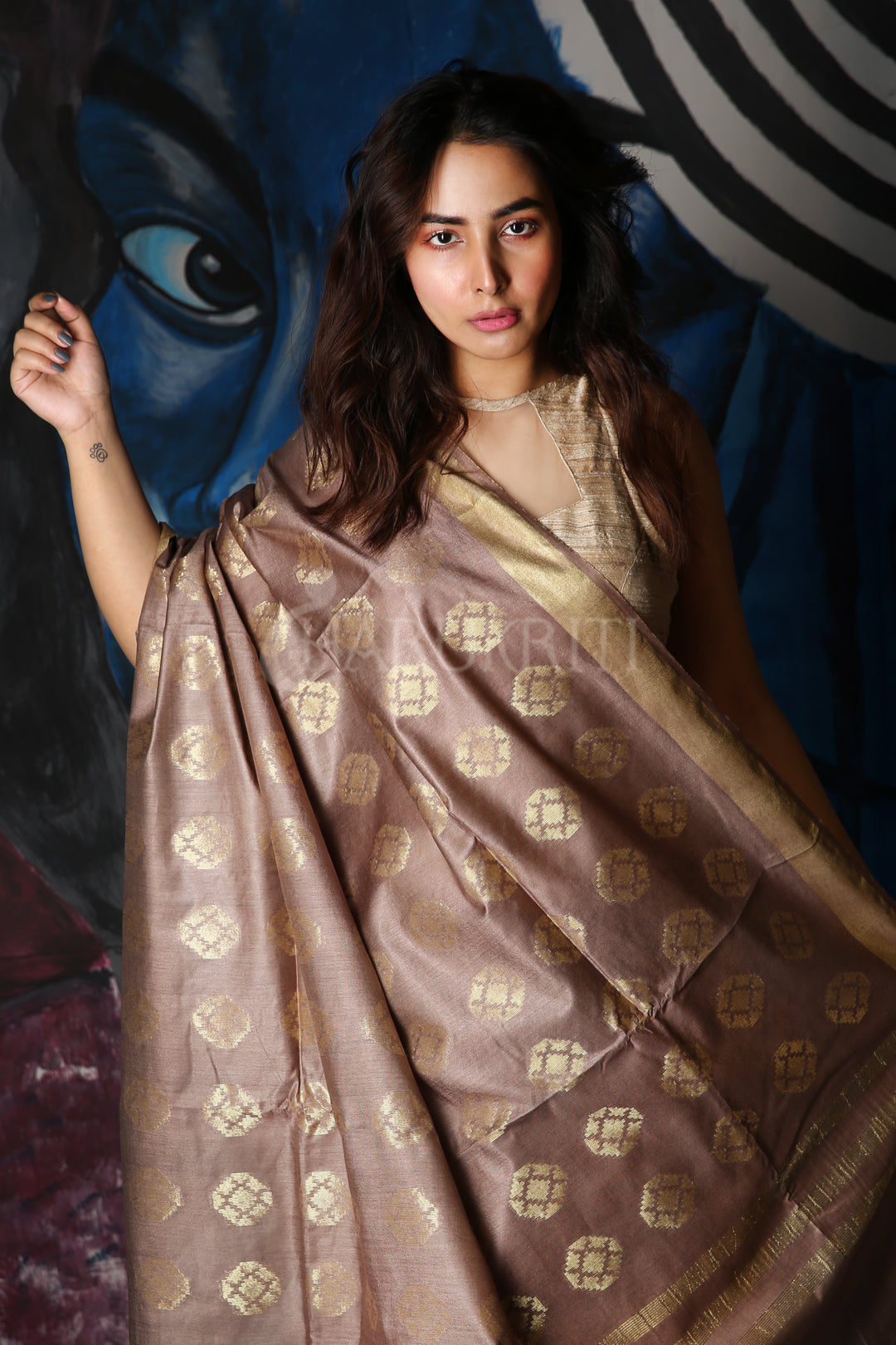 ESPRESSO BROWN SOFT SILK SAREE WITH ZARI WOVEN PALLU AND BORDER