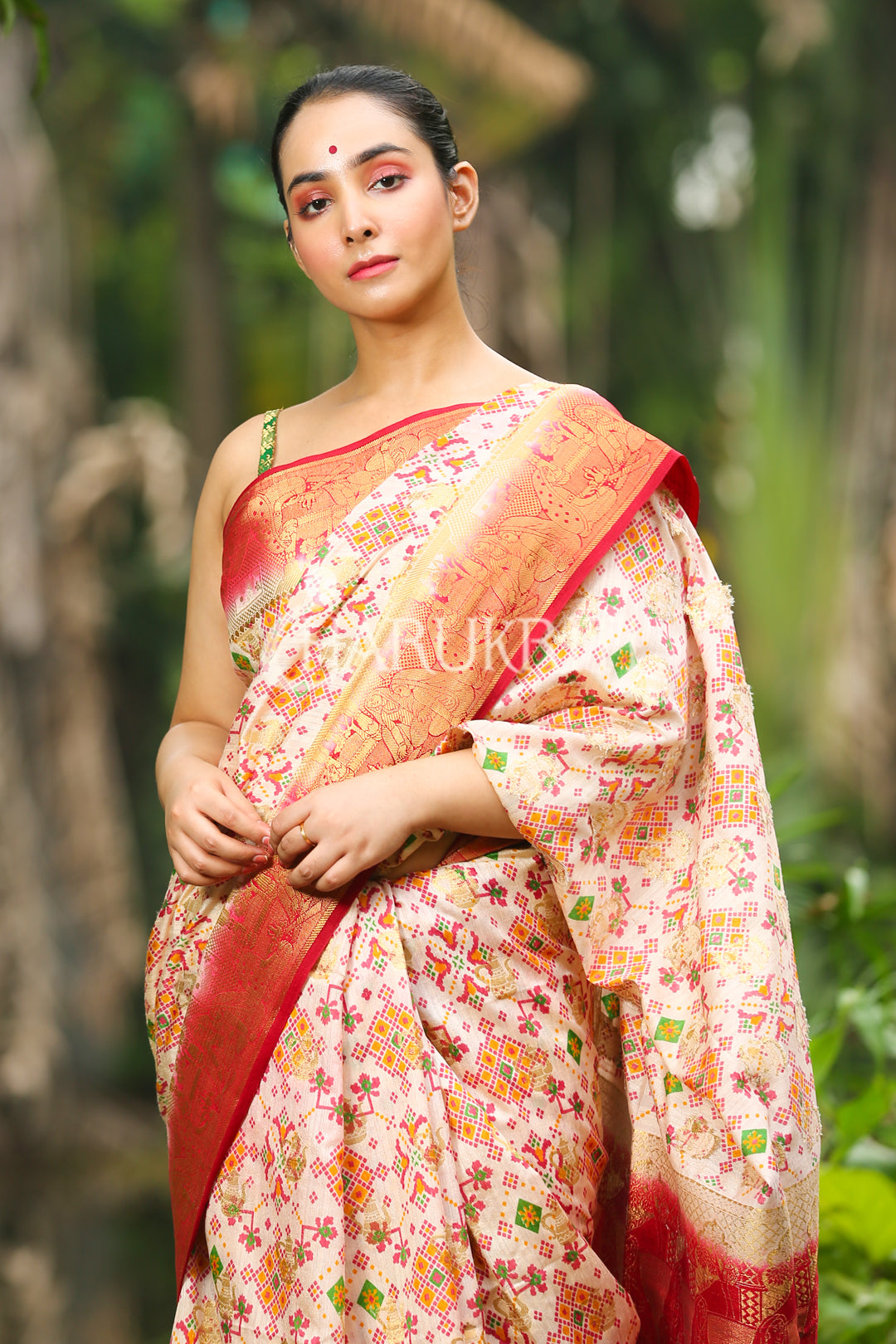 OFF-WHITE ABSTRACT WEAVED  DUPION SILK SAREE WITH RED ZARI BORDER AND PALLU