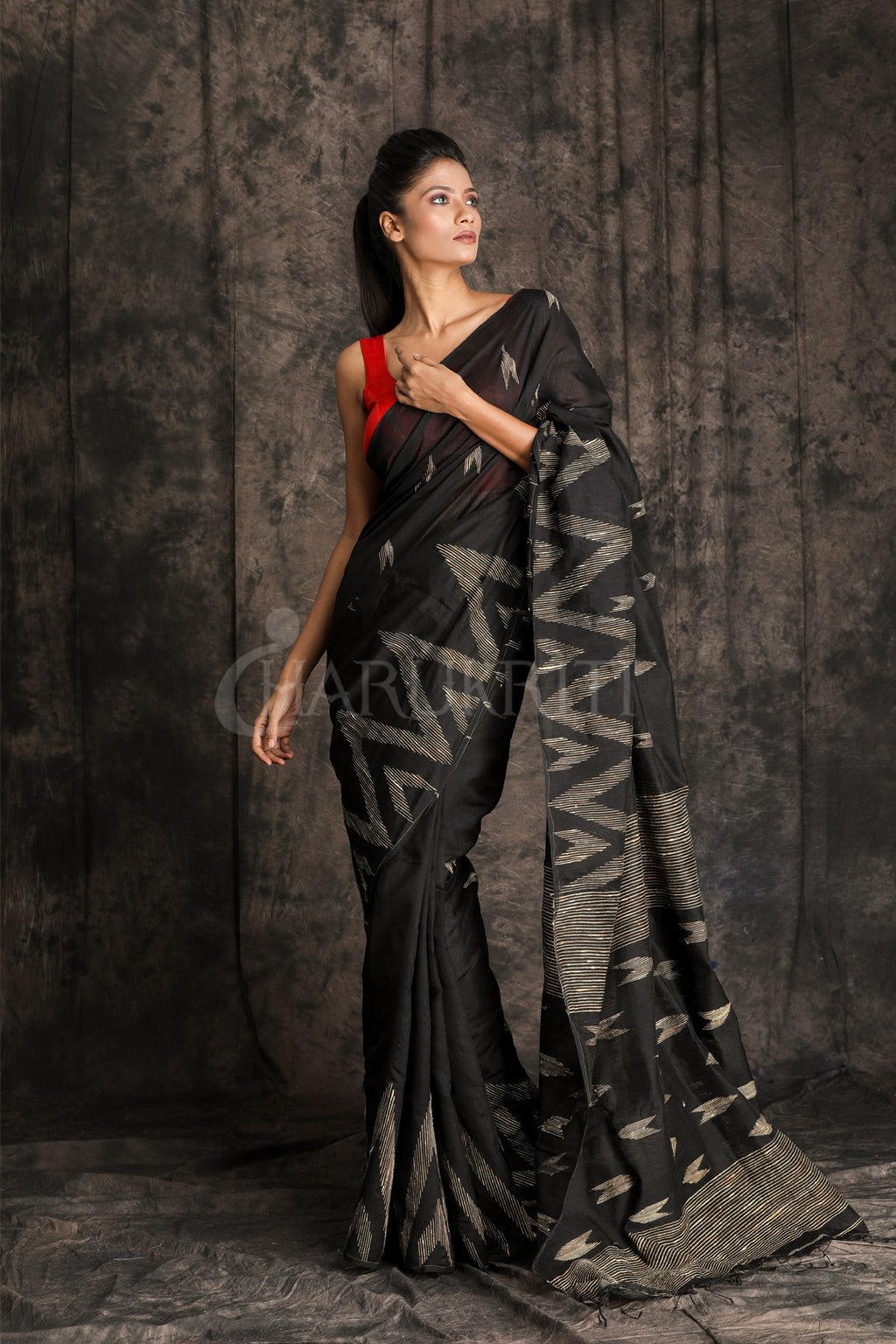 BLACK BLENDED COTTON WITH TEMPLE GHICHA PAAR AND BUTI - Charukriti