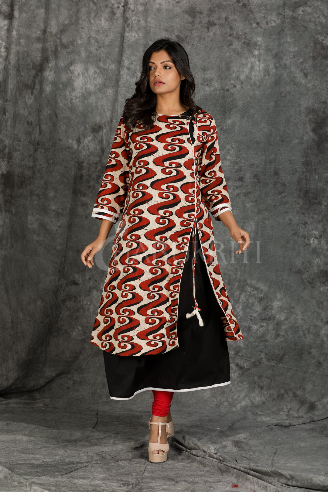 Maroon and Off-White with Black Double Layered Kurti with Wooden Parrot Button and Side Opened Dori