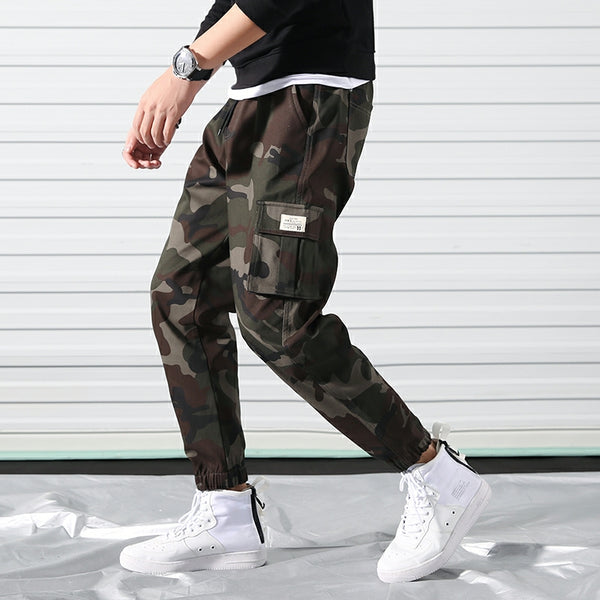 *Up to 56 inches* Camo Cargo Joggerpants