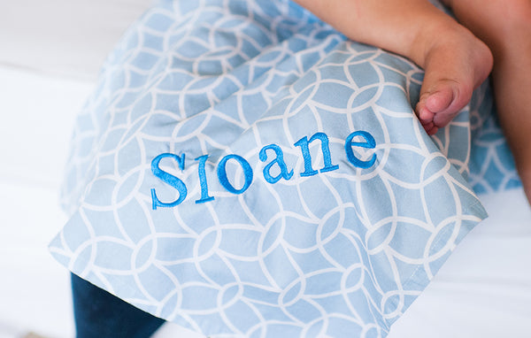 Sloane Nursing Cover - myhappybump