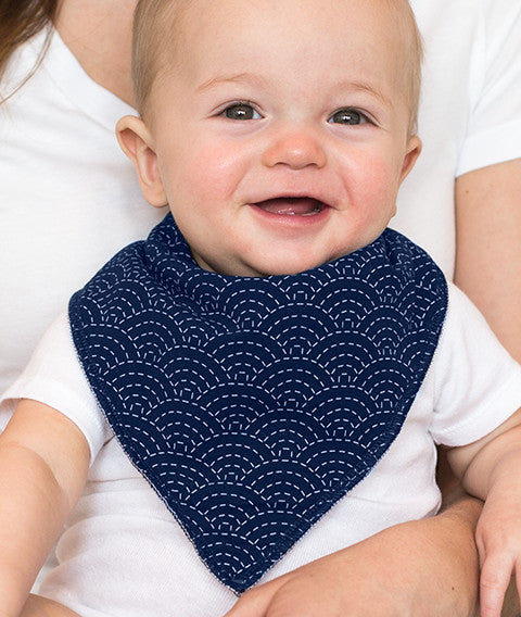 BILLY BABY BIB - myhappybump