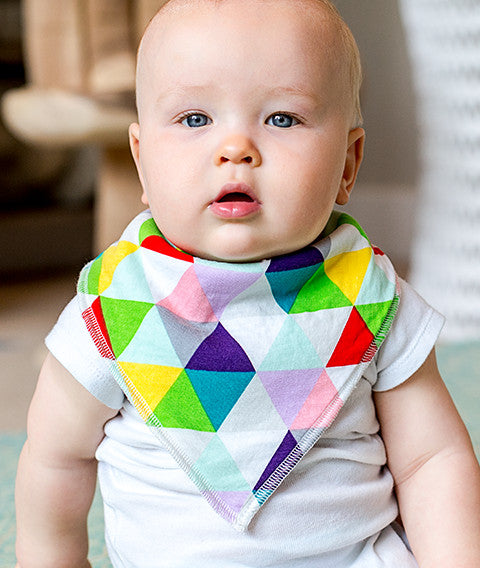 Dallas Baby Bib - myhappybump
