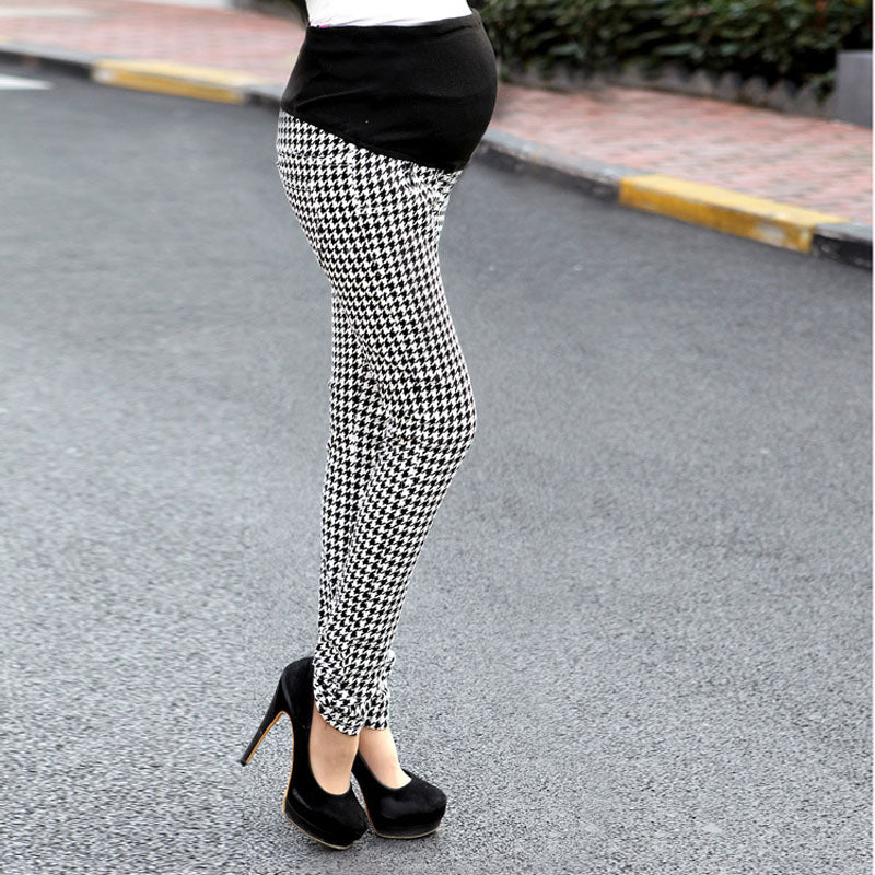 High Waist Plaid Maternity Pants - myhappybump