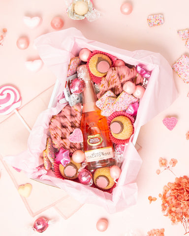The Pink Mini Dessert Box