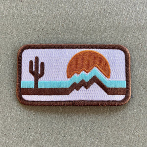 Retrozona White Patch - Iconic Arizona