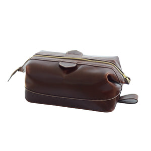 Large Leather Washbag in Brown