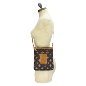 Signature Cross Body - Brown