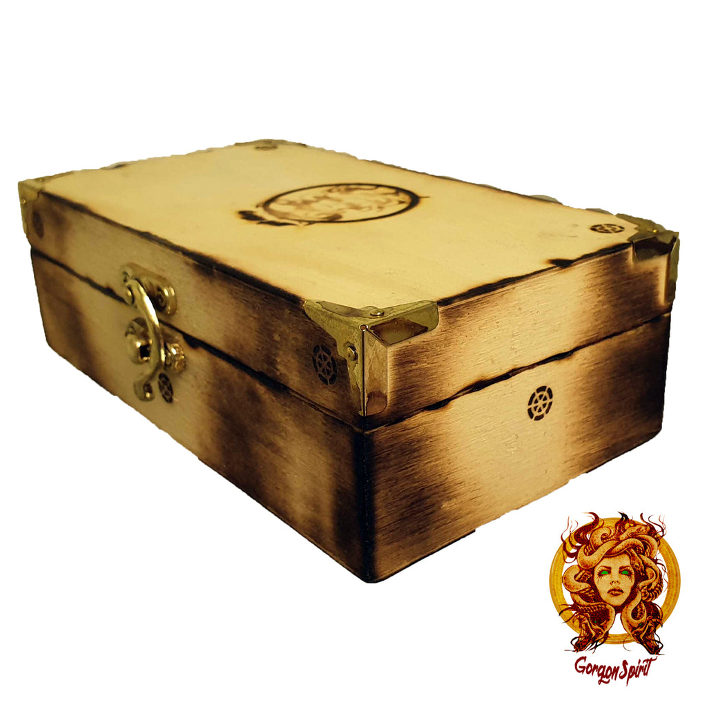 Gorgon Spirit - Gift Box Side Closed