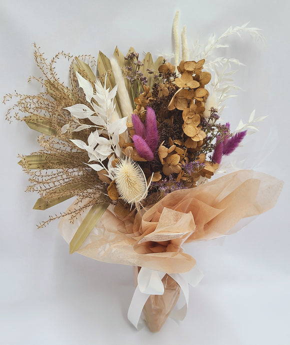 Small Dried Flower Bouquet With Bunny Tails and Hydrangea
