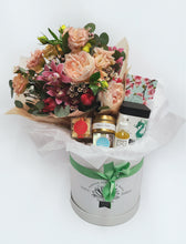 Load image into Gallery viewer, Medium Gift Box With Fresh Flowers