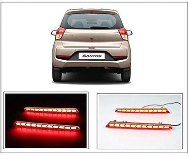 Santro Car with pair of relector brake light