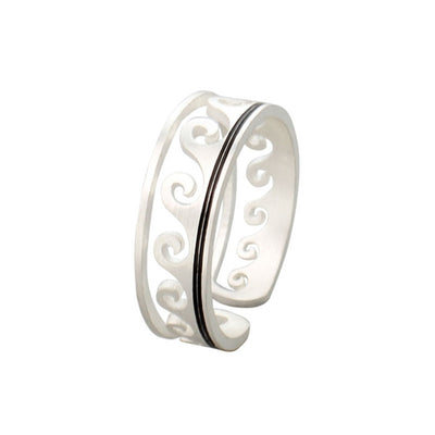 Beach Life Ring, silver with waves
