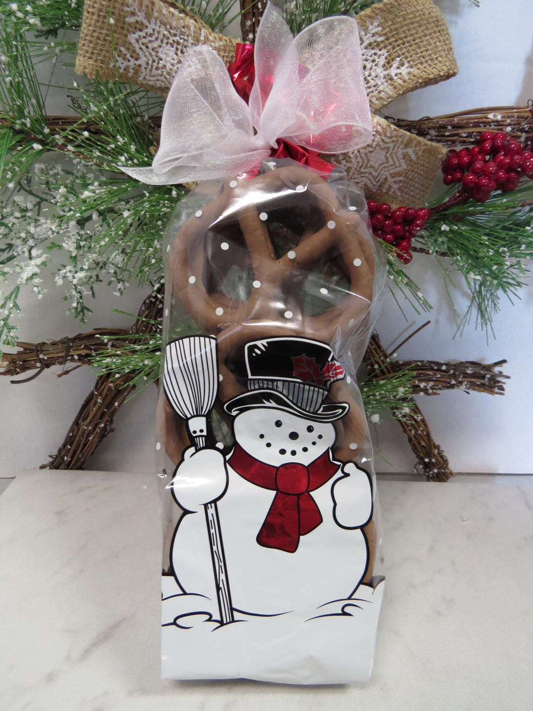 Holiday Snowman Pretzel Giftbag