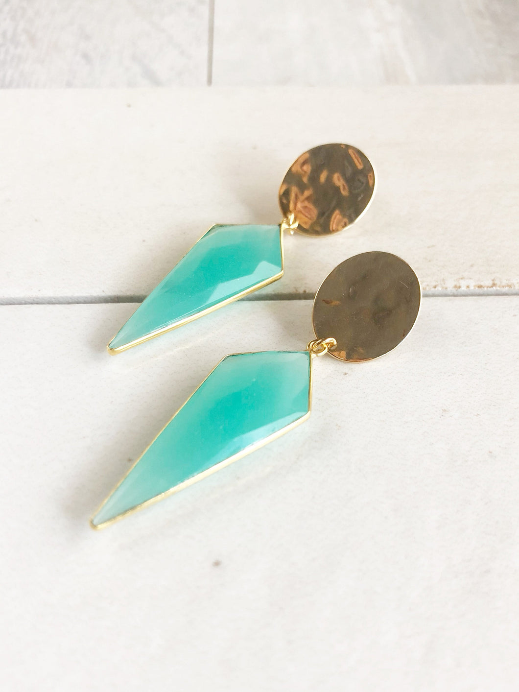 Aqua Chalcedony Kite Post Drop Earrings in Gold. Aqua Statment Earrings. Drop Earrings. Stone Earrings. Jewelry. Gift.