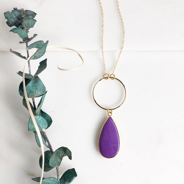 Long Purple Teardrop and Ring Necklace in Gold.