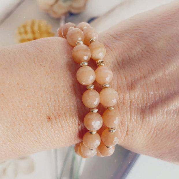 Sunstone Stretch Beaded Bracelet. Unique Orange Stone Bracelet with Gold Accents